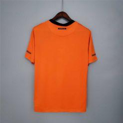 لباس کلاسیک هلند 2011