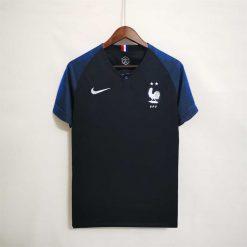 خرید لباس کلاسیک فرانسه 2018