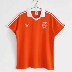 خرید لباس کلاسیک هلند 1990